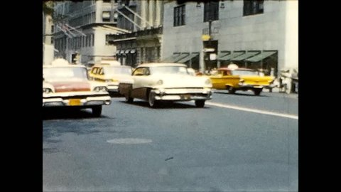 NEW YORK CITY/USA - CIRCA 1959: Several people and street scenes from Manhattan, New York City.