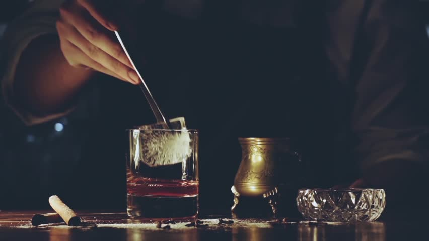 Barman make a cocktail | Shutterstock HD Video #1007728768