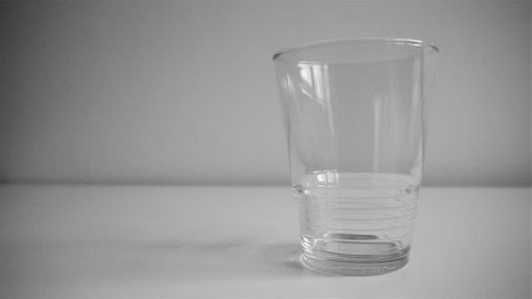 glas of water filled up