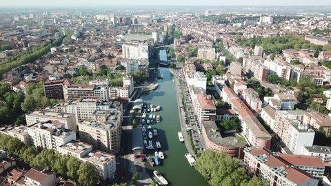 Marina of Toulouse. Port saint Sauveur canal du midi