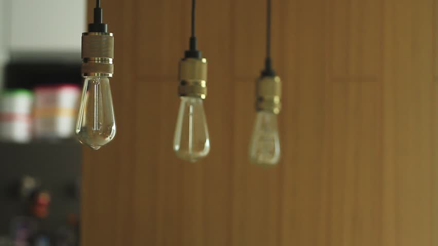 Edison Three Lamps Warm white light can be adjusted dimmer to dim.