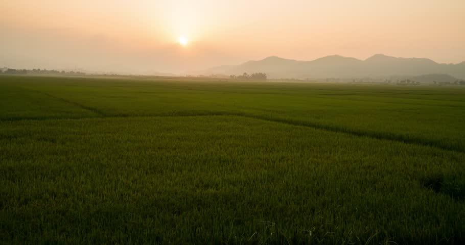 Vietnam - Phong Nha (Time Lapse 05)  #1011366428