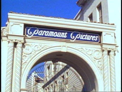 HOLLYWOOD, 1982, Paramount Studios, Melrose Gate, wrought iron entrance