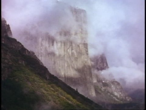 YOSEMITE NATIONAL PARK, CALIFORNIA, 1978, misty, El Capitan, fog billowing