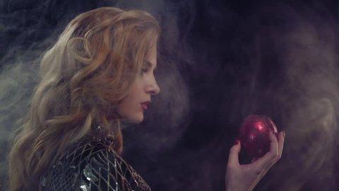 Картинки по запросу ева и яблоко