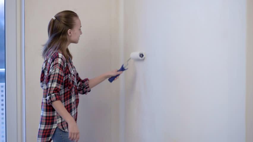 Bigger teen girls paint