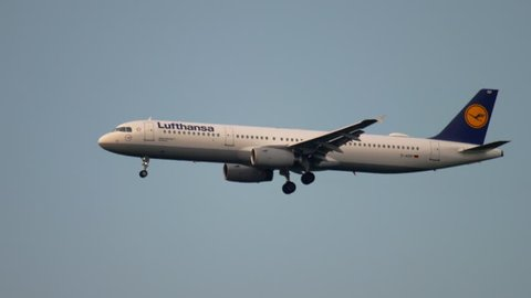 FRANKFURT AM MAIN, GERMANY - JULY 18, 2017: Lufthansa Airbus 321 D-AIRP approaching before landing at 07C. Fraport, Frankfurt, Germany