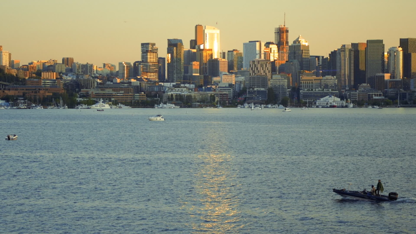 Seattle WA 2019 Slow Zoom Out of Skyline and Lake Union Boats