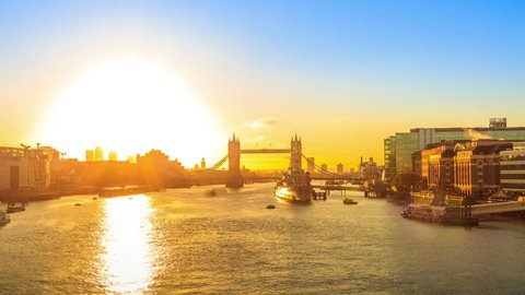 4k Timelapse of Tower Bridge Sunrise in London