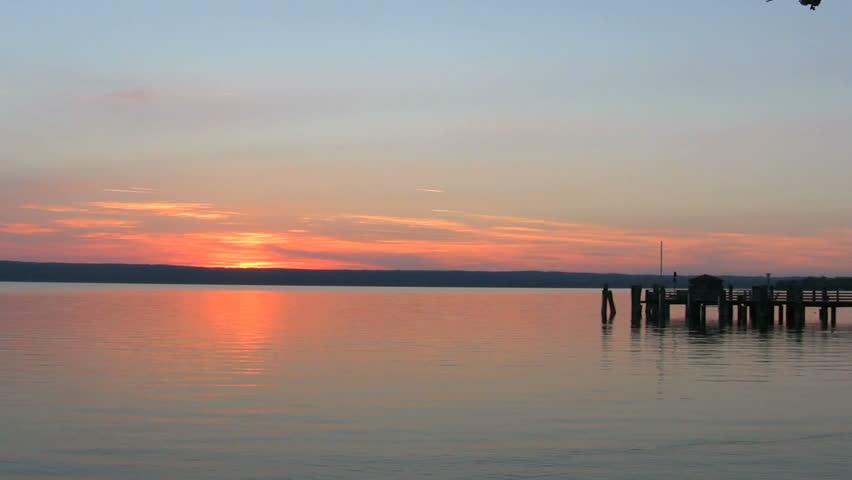 Sunset At A Lake Near The Bavarian Alps HD