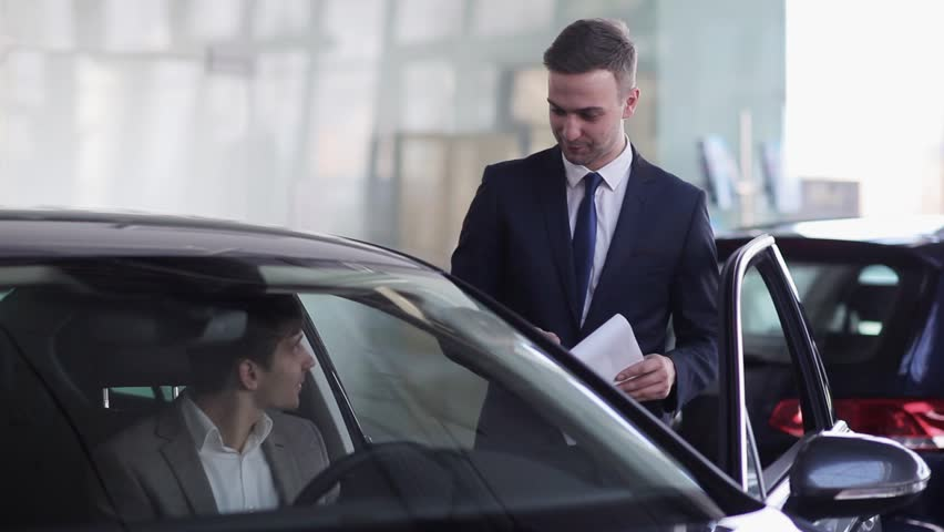 Salesman assures the buyer that he made the right choice