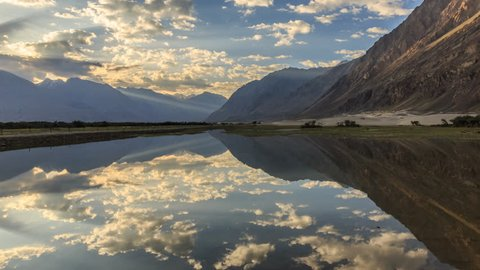 4K timelapse of water reflection at Nubra valley, Leh, Ladak, India