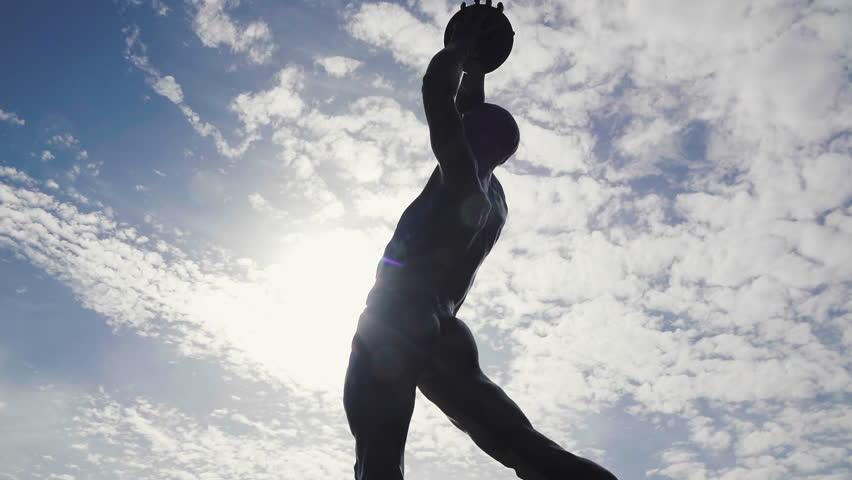 Header of athleticism