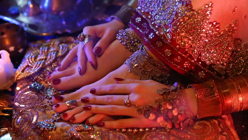 Indian Wedding Preparation Luxury Oriental Fashion Accessories Female Foot And Hands Beautiful National
