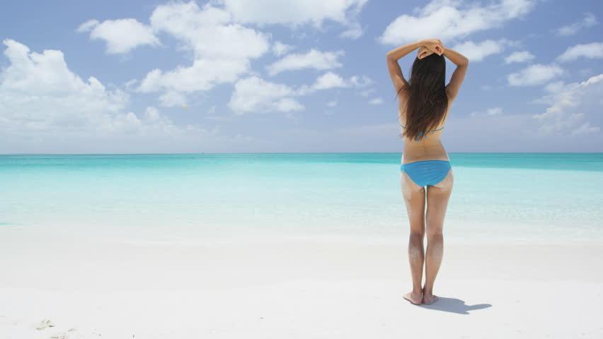 Video Stocktotalmente Regalías15386818Shutterstock Bikini Vacation Beach Woman Travel De Libre doxBreCW