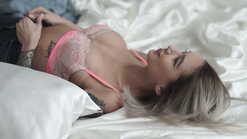 Kissing in bed video