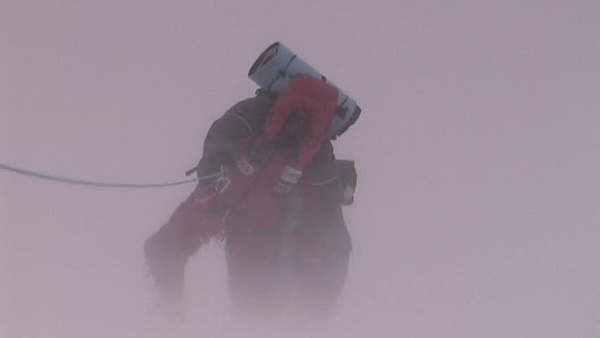 Climbers fight brutal storm on Mt. Everest