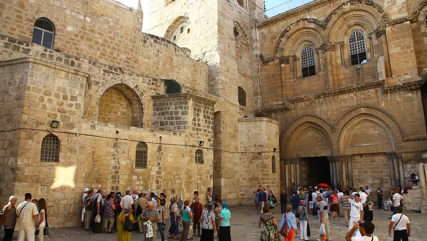 JERUSALEM, ISRAEL - CIRCA OCT 2011: Crowds gather around the entrance to the Church of the Holy Sepulchre circa October 2011 in Jerusalem.