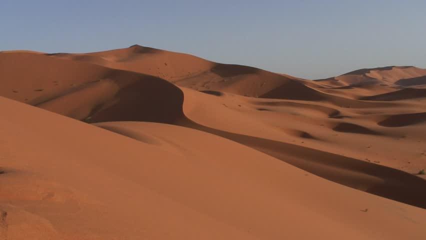 pyramidal dune morocco
