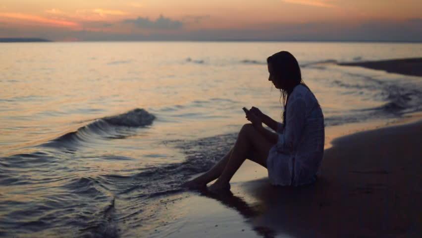 Голые женщины на общественном пляже Частное