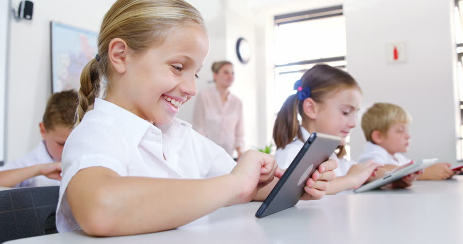 advantage of bring handphone to school Advantages and disadvantages of smartphones essay  advantages and disadvantages of smartphones  culture organization law school human learning.