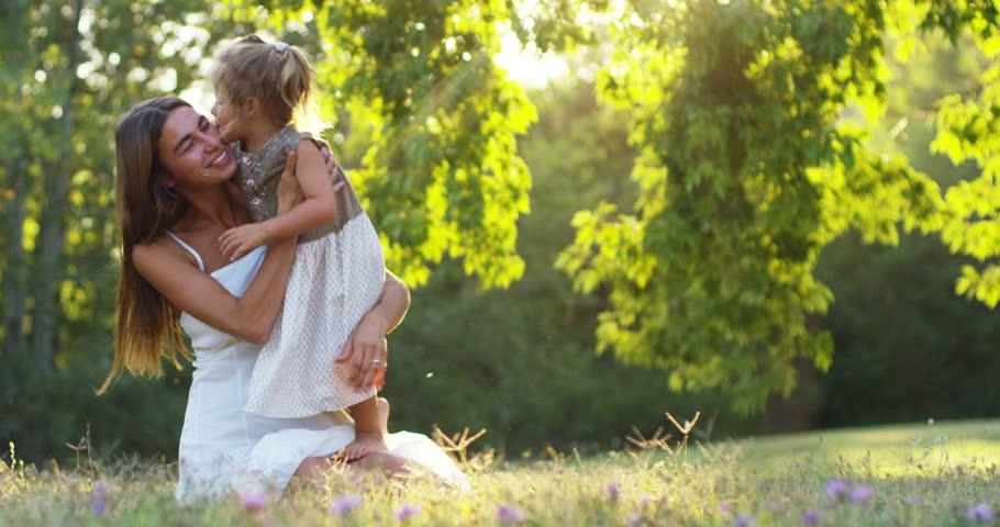 Две девушка любовь видео фото 134-104