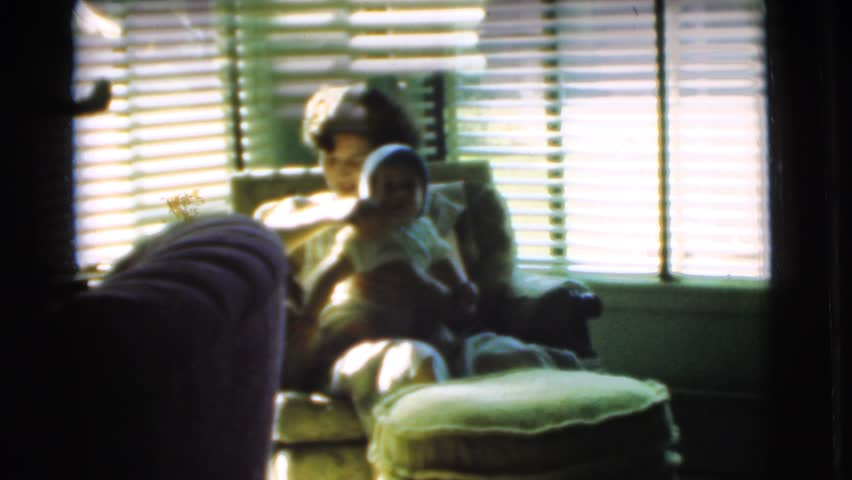 CHATHAM, NEW JERSEY 1951: mother and child
