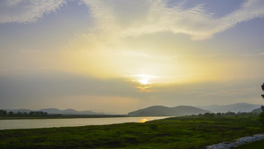 Republic of Korea Gumi Nakdong River Sunset / Sunset time-lapse / may 14, 2014
