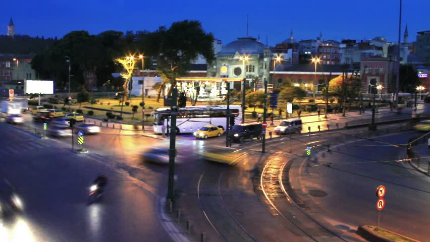 Distraught crossroad traffic at Sirkeci. 30 sec. time lapse