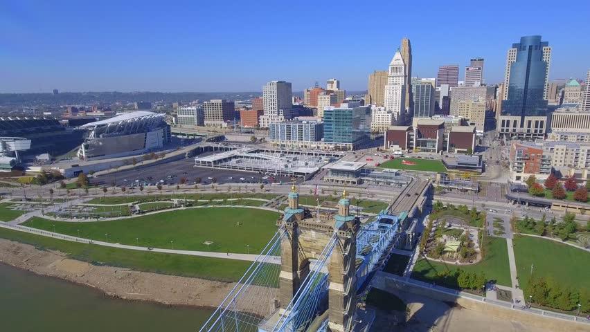 CINCINNATI - NOVEMBER 5: Aerial footage of Cincinnati Ohio approaching the Smale Riverfront Park and Paul Brown Stadium November 5,2016 in Cincinnati Ohio