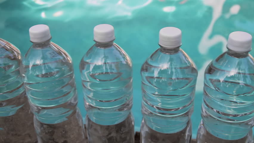 whats the big deal with plastic water bottles flourish - 852×480