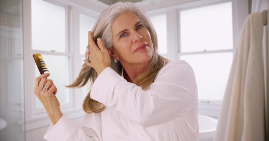 Beautiful Mature Woman Applying Moisturizer Hd Photo Jpeg, Dolly Stock Footage Video -4474