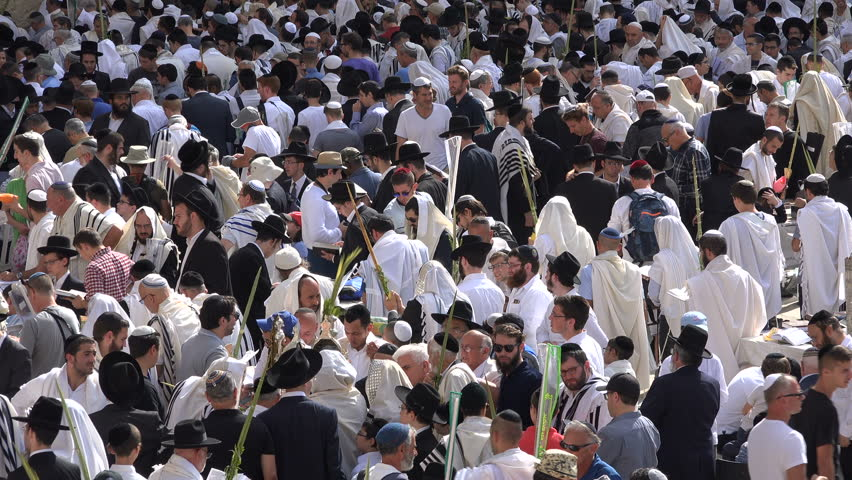 Jerusalem israel 19 october 2016 israel religion and culture jerusalem israel 19 october 2016 large crowds of religious jews gather at the sciox Image collections