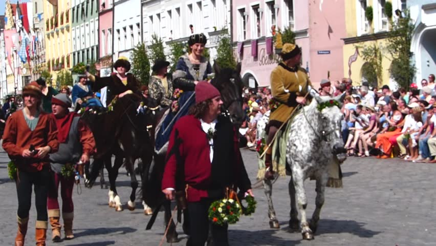 Medieval games during the Landshut Wedding historical pageant, Landshut, Lower Bavaria, Bavaria, Germany, Europe 14. July 2013