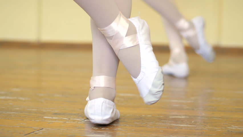 4k00 11close Up Of A Girl S Legs In White Ballet Shoes On An Old