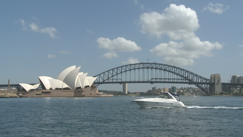 SYDNEY, AUSTRALIA, MAR 22, 2009: Sydney Opera House and Harbour Bridge at
