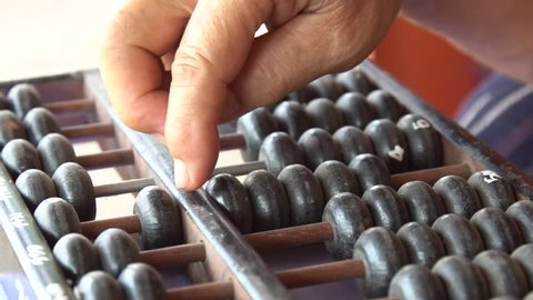 Slow motion : Old handle using abacus