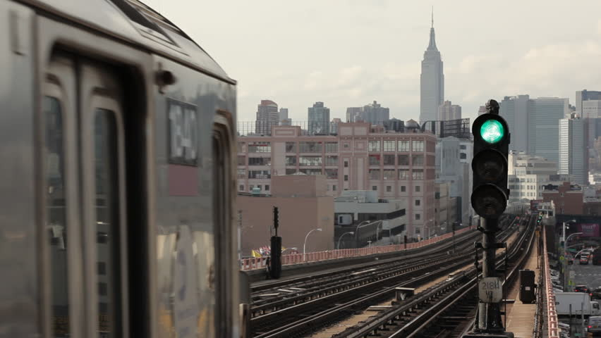 The 7 train on it's way to Manhattan