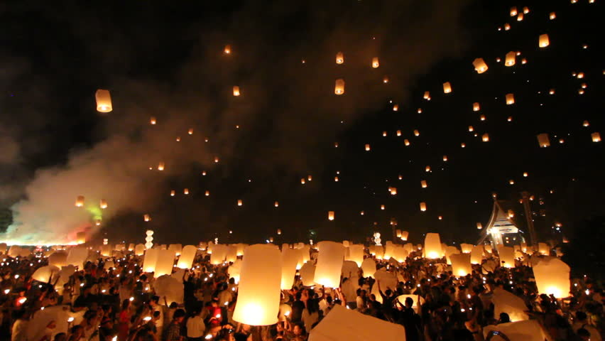 SANSAI, CHIANGMAI, THAILAND - NOV 24: Yee Peng Festival, Loy Krathong celebration with more than a thousand floating lanterns in Chiangmai, Thailand on November 24, 2012