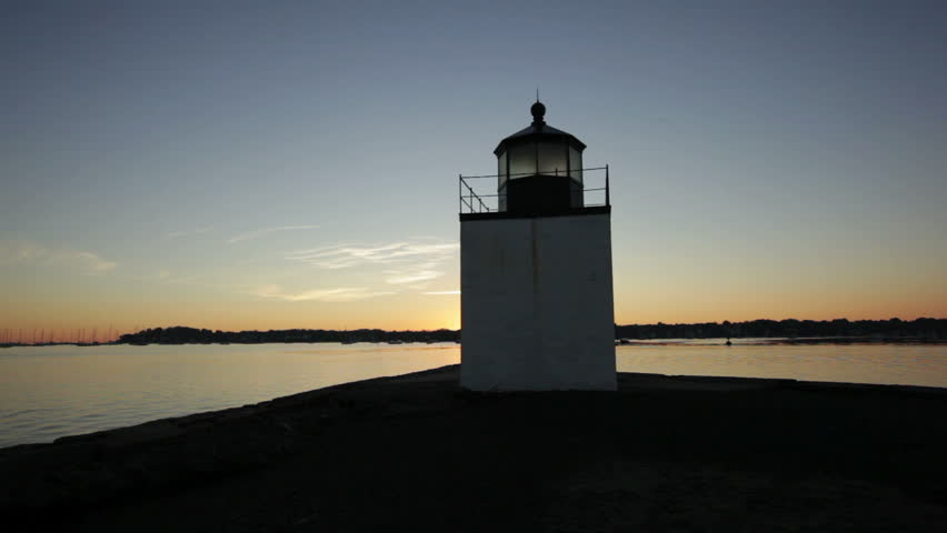 Salem Derby lighthouse center sunrise