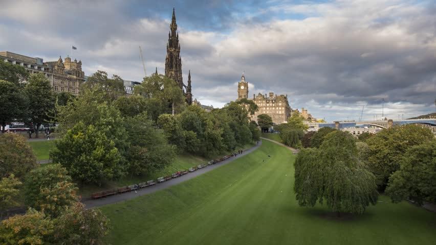 Timelapse Video of Walter Scott Monument, Edinburgh, Scotland