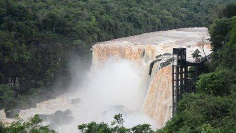 Monday Falls Saltos del Paraguay