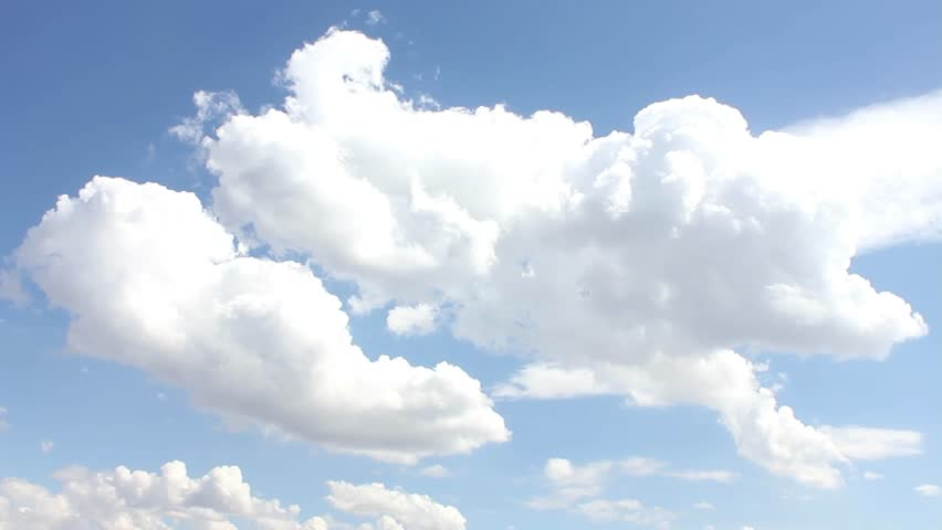 Moving across clouds, blue clear sky in sunny day. Beautiful good weather. Seamless Loop Clouds, Timelapse of moving clouds and blue sky. Clouds moving slow - timelapse, summer sky time lapse, sun sky