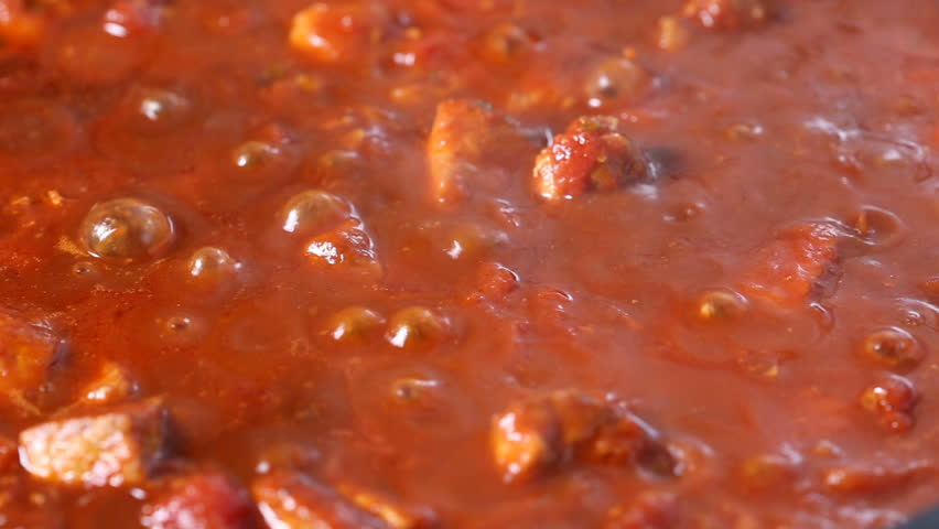 boiling and sauce Canning tomato sauce doesn't have to be hard there are several options included here to save labor and time, all while getting a superior sauce for your family to enjoy.