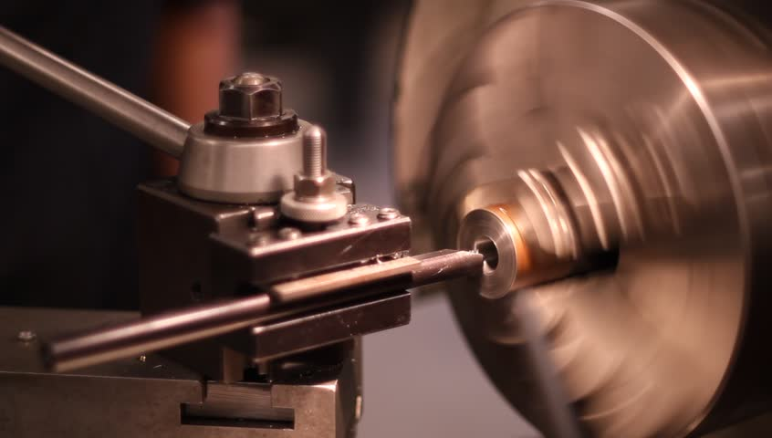 machining metal rod with metal Lathe