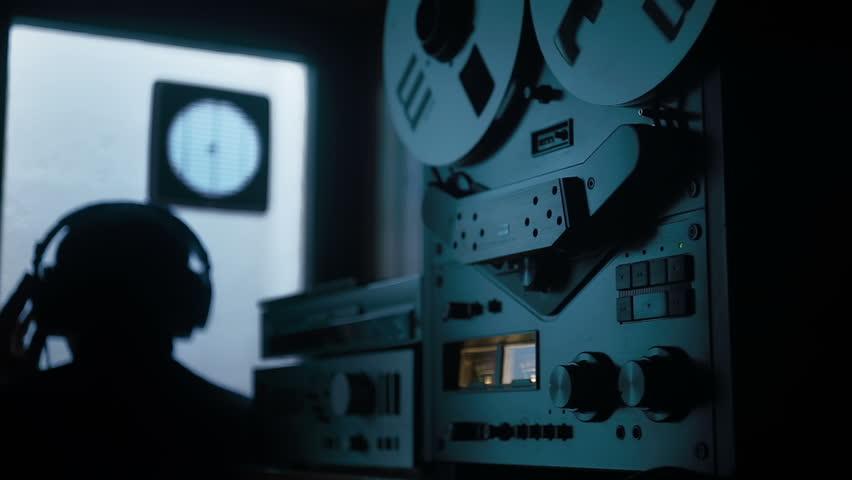 Agent listen wiretap