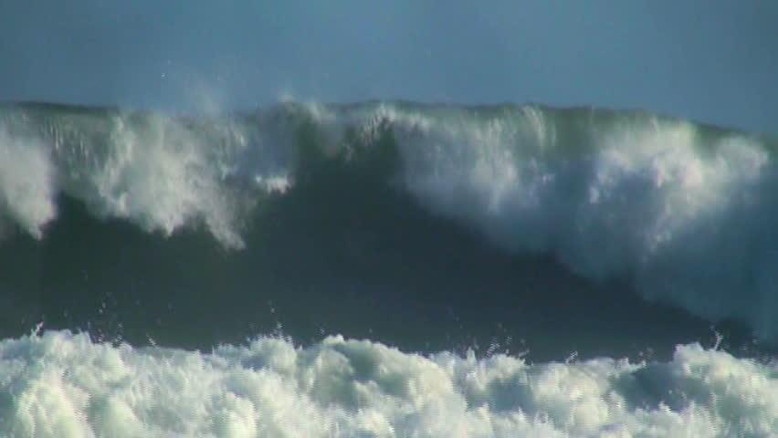 Ocean big wave slow motion