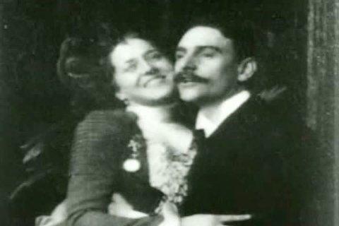 1900s - A comic scene: Kissing