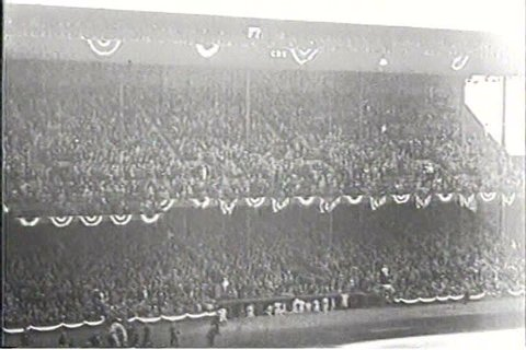 1930s - Newsreel of the 1934 World Series featuring the St, Louis Cardinals and Detroit Tigers.
