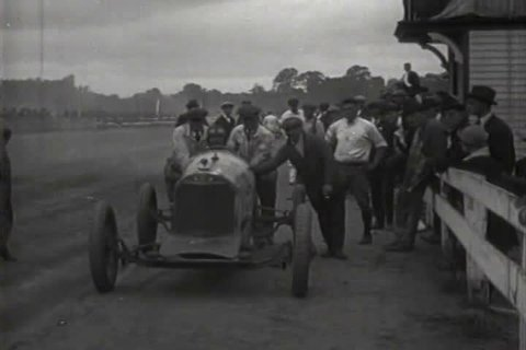 1910s - Car racing footage from 1919.
